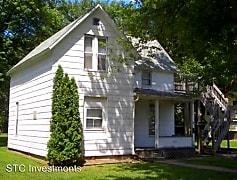 Building, 220 W Pierce St, 0