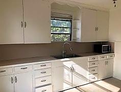 Kitchen, 1702 N Waddill St B, 0