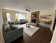 Living Room, 3641 Dupont Cir A, 0