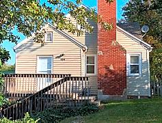 Building, 404 NE 41st St, 0