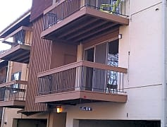 Building, 18 Cross Keys Rd 18C, 0
