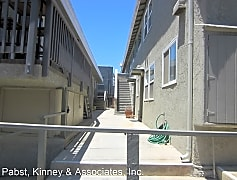 Building, 1016 Ocean Ave, 0
