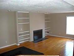 Living Room, 4114 Windridge Ct, 0