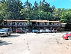 Wood Cliff Manor Apartments, 0