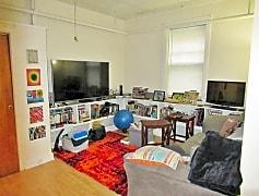 Living Room, 4800 N Hermitage Ave, 0