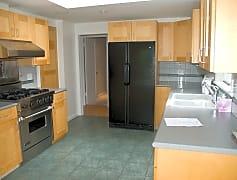 Kitchen, 9415 15th Ave. NE, 0