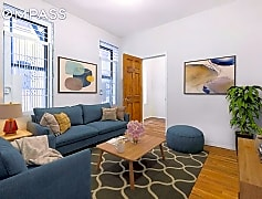 Living Room, 28 Macombs Pl 39, 0