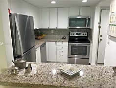 Kitchen, 100 Lakeview Dr, 0