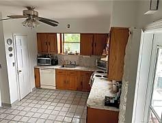 Kitchen, 39 Edgewood Ave 1, 0