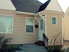 Building, 685 W 200 N, 0