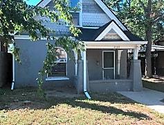 Building, 2027 S Logan St, 0