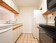 Kitchen, 1029 N Stuart St, 0