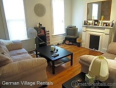 Living Room, 111 E Blenkner St, 0