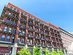 Building, 616 W Fulton Market, 0