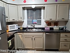 Kitchen, 1305 2nd St, 0