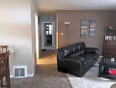 Living Room, 522 E 38th St, 0