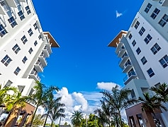art-square-hallandale-beach-fl-building-photo (41).jpg