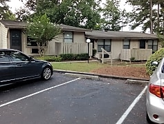 Carriage Hill Apartments, 0