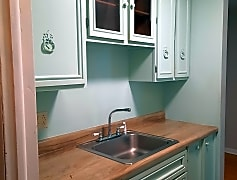 Kitchen, 102 Pony Place, 0