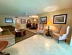 Living Room, 1082 North Dr B, 0