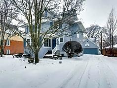 92 N Edgewood La Grange IL-small-001-7-Exterior Front-666x444-72dpi.jpg