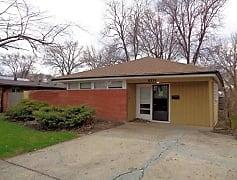 Building, 15234 Meadow Ln, 0