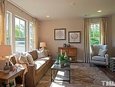 Living Room, 1141 Metropolitan Dr, 0