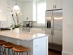 Kitchen, 38 Dereef, 0