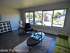 Living Room, 4700 35th Ave S, 0