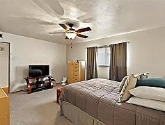 Bedroom, 5001 Overdowns Dr, 0