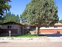 1505 Monte Vista ext big Caldwell 030.jpg