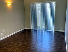 Living Room, 445 S Main St, 0