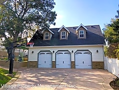 570 Twin Country Ln, 0