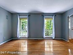 Living Room, 15988 White Oaks Dr, 0