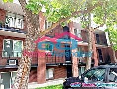 Building, 2736 S Adams St, 0