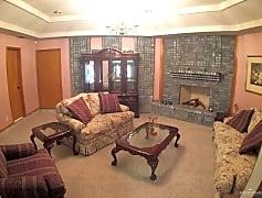 Living Room, 604 E Nassau Ave, 0