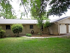 Building, 112 Spicewood Dr, 0