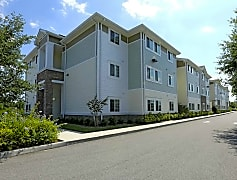 Building, Charlotte Crossing Apartments, 0