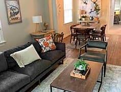 Living Room, 804 E Jefferson St, 0