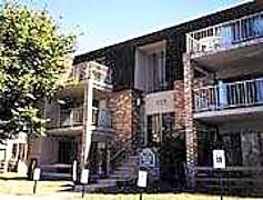 Iron Hill Apartments, 0