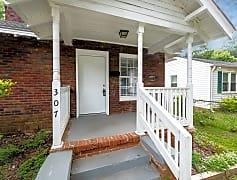 Patio / Deck, 307 Plymouth Street, 0