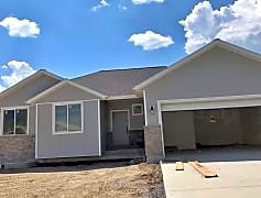 Facebook Marketplace 5 Beds 3 Baths House - Property Rentals - Smithfield, Utah[4924].png