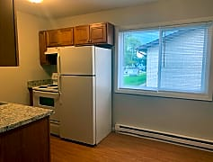 Kitchen, 744 Gillette Ave, 0
