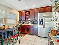Kitchen, 717 95th Ave N, 0