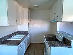 Kitchen, 8542 Columbus Ave, 0
