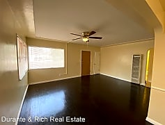 Living Room, 6865 Jamacha Rd, 0