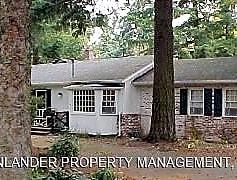 Building, 16064 Lake Forest Blvd, 0