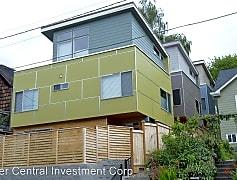 Building, 948B Hiawatha Place S, 0