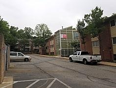Irvington Woods Apartments, 0