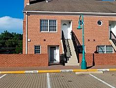 Building, 6916 Fairfax Dr 218, 0